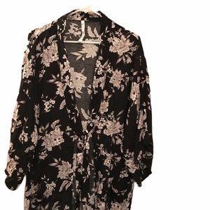 Spiritual Gangster Black, Grey White Floral Kimono